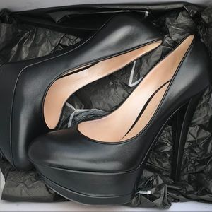 Casadei black pumps Size 9 Made in Italy